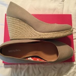 Ladies Tan Wedge Espadrille